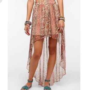 Ecote(Urban Outfitters) chiffon high low skirt